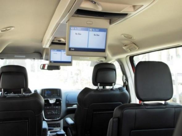 2012 Chrysler Town Country Epautos Libertarian Car Talk