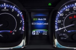 2013 Toyota Avalon XLE (interior)
