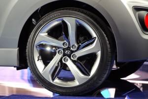 Veloster wheel