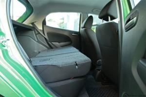 2013 Mazda2 back seat picture