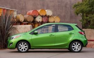 2013 Mazda2 side profile