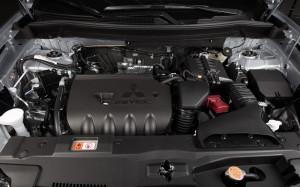 2014 Outlander engine