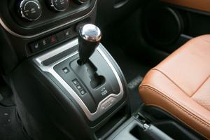 '14 Compass auto