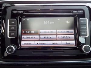 '14 Beetle radio pic