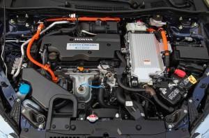 '14 Accord hybid engine pic 2