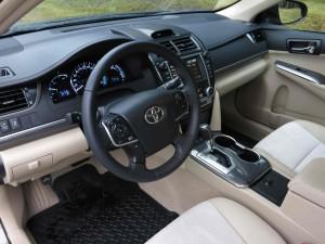 '14 Camry interior 1