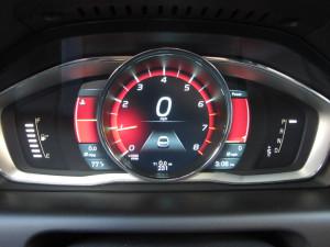 '15 V60 gauges details