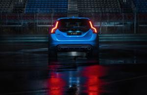 '15 V60 rear view