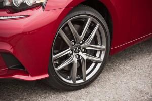 '14 IS 350 wheel detail