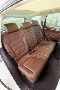 '14 Touareg back seats