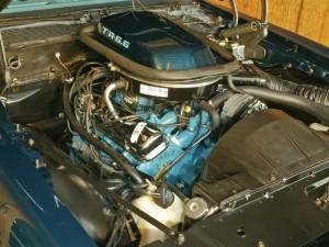Pontiac V-8 pic