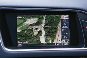 '15 Q5 GPS detail