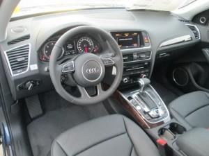 '15 Q5 interior shot
