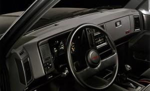 1991 GMC Syclone interior