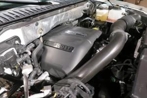 '15 Nav engine close