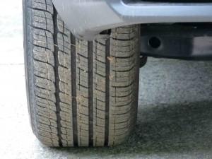 '15 NV300h tire