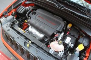 '15 Rengade 2.4 engine