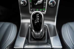 '15 V60 gear shifter