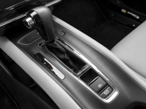 '16 HRV console detail