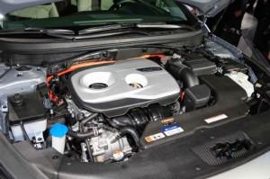 '16 Sonata hybrid engine 1