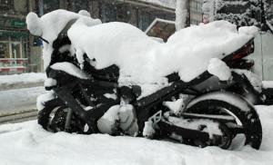 bike in snow lead