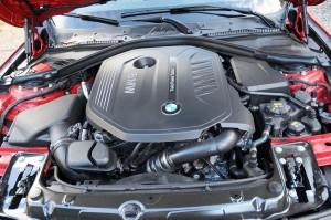 '16 BMW 3401 engine 1