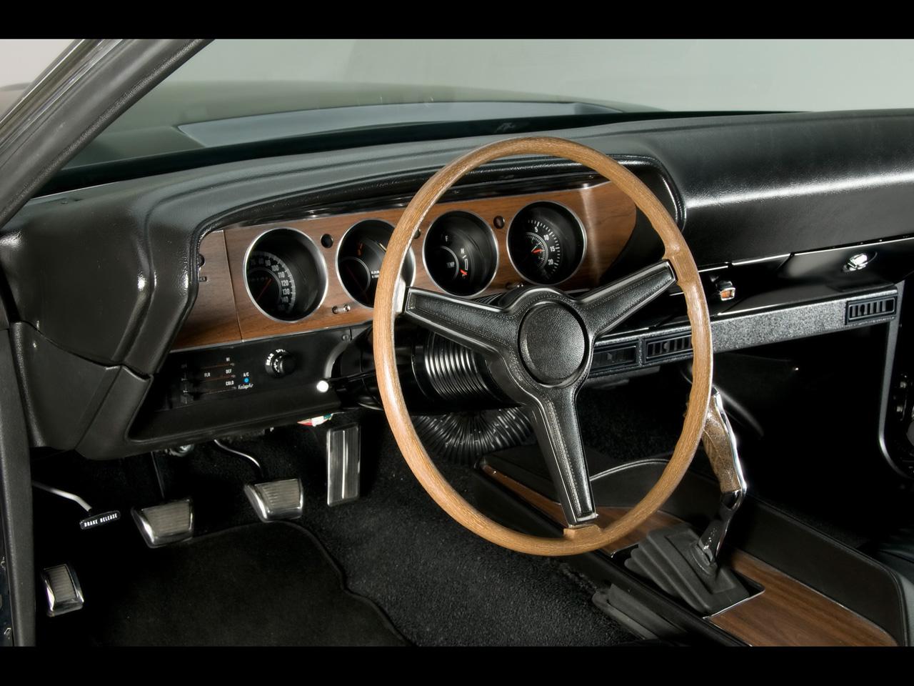 Dodge Challenger 1970 Interior