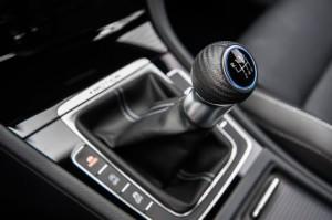 '16 Golf R shifter details