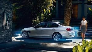 BMW 330e pic