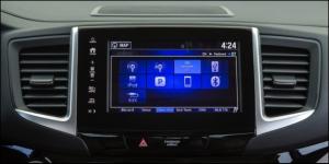 '17 Ridgeline touchscreen 2
