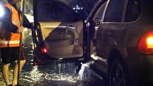 flood car 2
