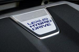 17-gs-450-h-badge